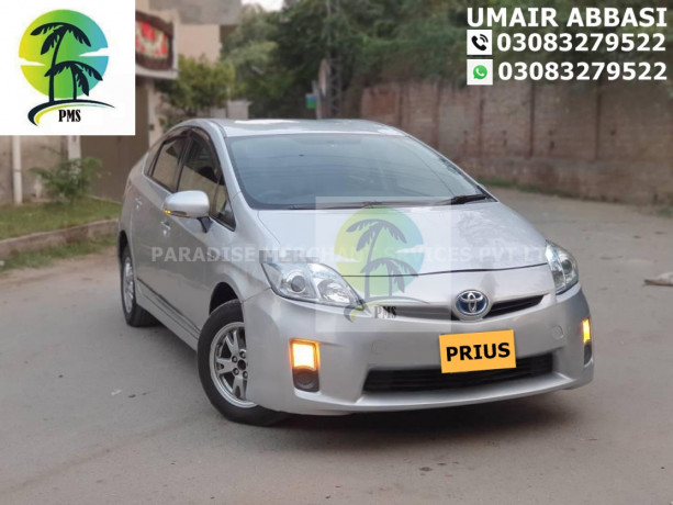 toyota-prius-new-and-used-car-financing-big-3