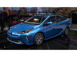 Toyota Prius S 2020 On Easy installment Plan Per & INVESTMENT OPPORTUNITY