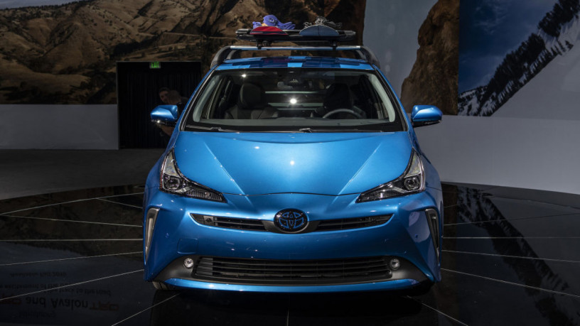 toyota-prius-s-2020-on-easy-installment-plan-per-investment-opportunity-big-5