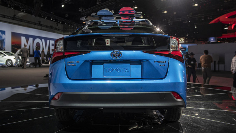 toyota-prius-s-2020-on-easy-installment-plan-per-investment-opportunity-big-7