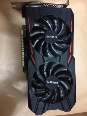 gigabyte-geforce-gtx-1050-gaming-graphic-card-big-2