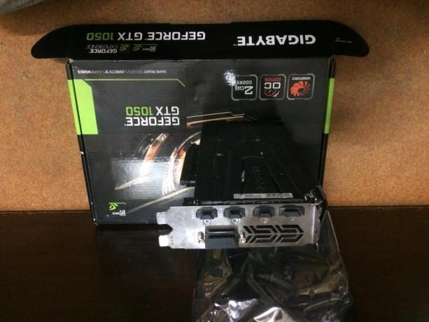 gigabyte-geforce-gtx-1050-gaming-graphic-card-big-3