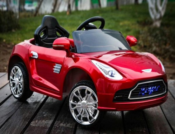 kid-electric-battery-operated-car-big-0